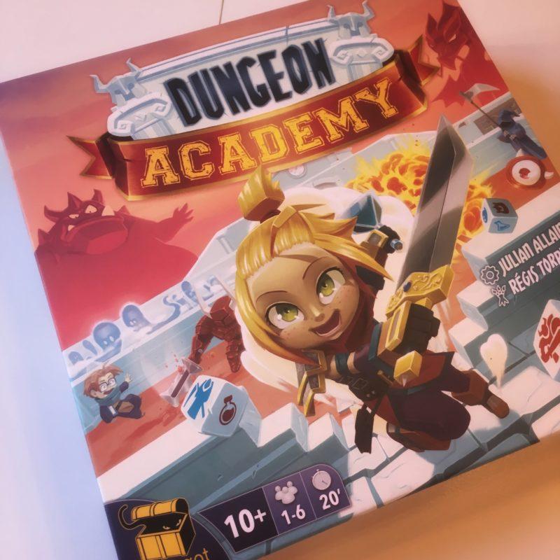 Dungeon Academy, posez vos armes, c'est l'heure de rendre sa copie !